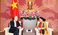Bernd Lange salue la préparation du Vietnam pour l'EVFTA et l'EVIPA