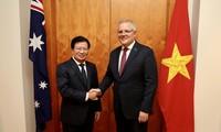 Le vice-Premier ministre Trinh Dinh Dung en visite en Australie