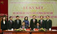 Signature d'une convention de coopération entre le FPV et le Bureau présidentiel