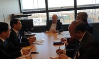 Le vice-ministre vietnamien des AE en visite au Parlement européen