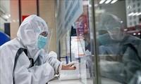 """Coronavirus : l'OMS appelle à effectuer """"un test pour chaque cas suspect"""""""