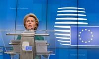 Ursula von der Leyen annonce la suspension des règles budgétaires de l'Union européenne