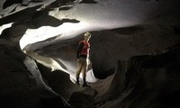 Découverte de douze grottes à Quang Binh