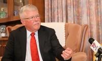 L'expert australien réfute la création des districts de Xisha et de Nansha
