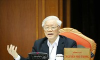 Nguyên Phu Trong préside la conférence nationale des cadres