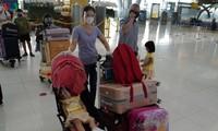 Covid-19 : rapatriement de 300 Vietnamiens de Thaïlande