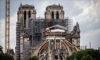 France: Démontage de l'échafaudage de Notre-Dame