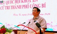 Pham Minh Chinh rencontre les électeurs d'Uông Bi