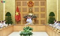 Nguyên Xuân Phuc est satisfait de la restructuration du système bancaire