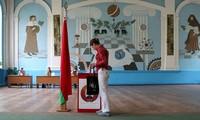 Élection en Biélorussie: le président Loukachenko donné en tête