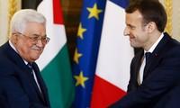 "Accord Israël-Émirats Arabes Unis: les négociations restent ""une priorité"", selon Emmanuel Macron"