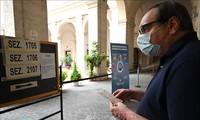 Italie: près d'un tiers des électeurs aux urnes dimanche malgré le coronavirus