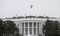"""USA: Le Sénat adopte un texte de financement pour éviter un """"shutdown"""""""