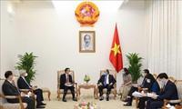 Le PDG du groupe SCG reçu par Nguyên Xuân Phuc