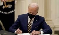 États-Unis : Joe Biden tente le dialogue avec des républicains  sur son plan de sauvetage de l'économie