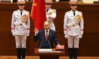 Félicitations aux dirigeants vietnamiens récemment élus