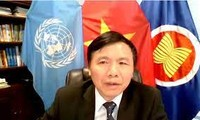 Le Vietnam à un débat sur la situation en Colombie