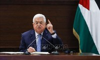 Le président palestinien appelle au dialogue sur un gouvernement d'union après le report des élections