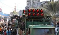 Roquettes et drone: parade militaire du Hamas après la trêve avec Israël