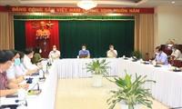Vu Duc Dam: Dông Nai doit appliquer strictement la distanciation sociale pour maîtriser l'épidémie