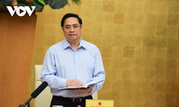 Pham Minh Chinh: protéger la santé et la vie de la population est une priorité absolue