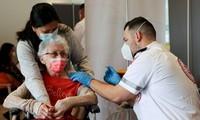 Israël, premier pays au monde à autoriser une 3e dose de vaccin anti-Covid-19 pour les plus de 60 ans