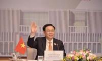Première tournée en Europe de Vuong Dinh Huê en tant que président de l'AN