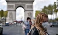 Covid-19 : vers un allègement des restrictions sanitaires par le gouvernement français?