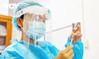 Hanoï: Les habitants recevront leur 2e injection avant la fin du mois de novembre