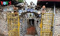 Ngôi nhà gắn hơn 10.000 bát đĩa cổ ở Vĩnh Phúc