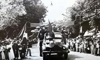 Những hình ảnh quý về Ngày giải phóng Thủ đô 10/10/1954
