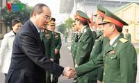 越人民軍創立に様々な活動