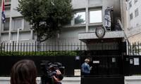 在仏キューバ大使館に火炎瓶 外相「テロ」と非難