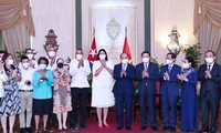 フック主席:ベトナム国民はキューバ国民と共に力を合わせている