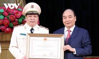 国家主席 人民安全保障学院の設立75周年記念式典に列席