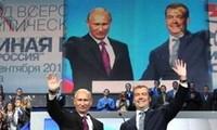 梅德韦杰夫和普京支持率双双上升