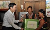 越南国家主席张晋创视察昆嵩省