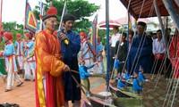 广义省李山岛县举行黄沙戍边军犒军仪式