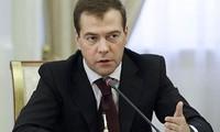 俄罗斯总统梅德韦杰夫接受国内电视媒体采访