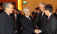 阮富仲圆满结束对新加坡的正式访问