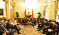 越南与德国黑森州加强合作