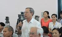 北宁、安江、永隆等省国会代表与选民进行接触