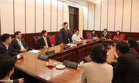 越共中央经济部加强团结,当好党在社会经济发展方面的参谋助手