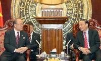 日越友好议员联盟原会长武部勤访问越南