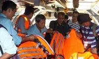 国际舆论高度评价越南在搜寻马来西亚客机工作中的积极态度