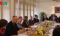 法语国家议会大会议会问题委员会会议开幕