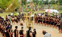 莫侬族的特色文化