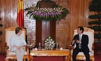欧盟希望在发展道路上与越南并肩前行