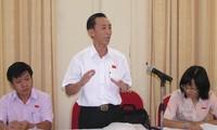 越南13届国会8次会议分组讨论2014年社会经济发展情况:对经济复苏感到乐观