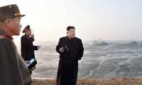 朝鲜领导人金正恩指导部队进行大规模军演